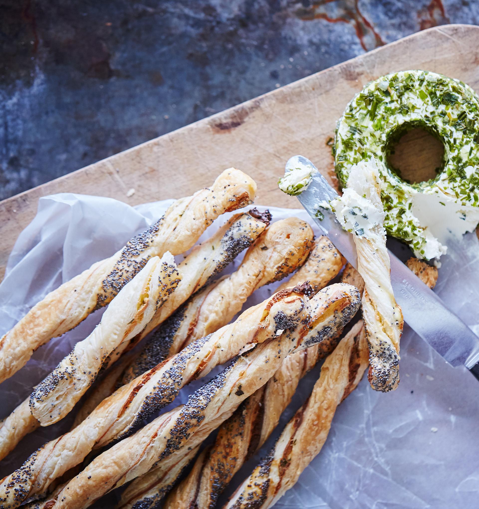 Castello® Chive Halo Cream Cheese
