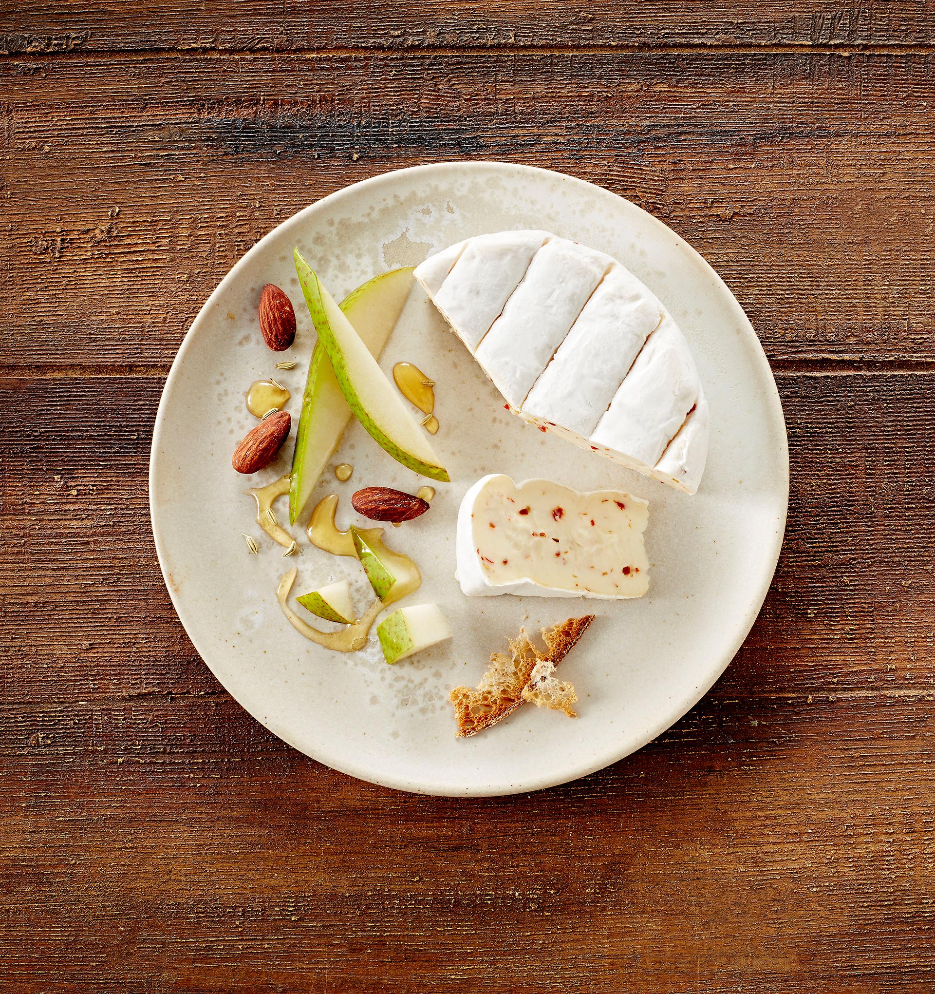 Castello® Extra Creamy Brie with Chilli
